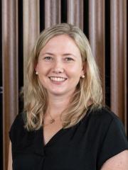 Alexandra De Young